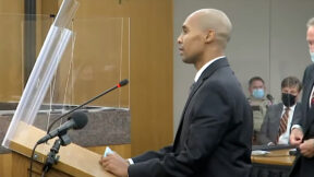 Convicted killer cop Mohamed Noor speaks at a re-sentencing hearing on Oct. 21, 2021, in Minneapolis. (Image via the Law&Crime Network.)