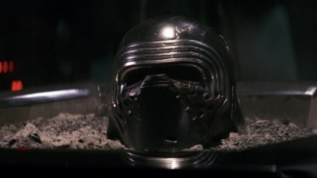 kylo ren mask ashes