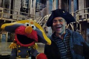 This picture is of Christopher Jackson, who plays Washington in Hamilton, with Elmo. Just in case you hadn't seen it before.