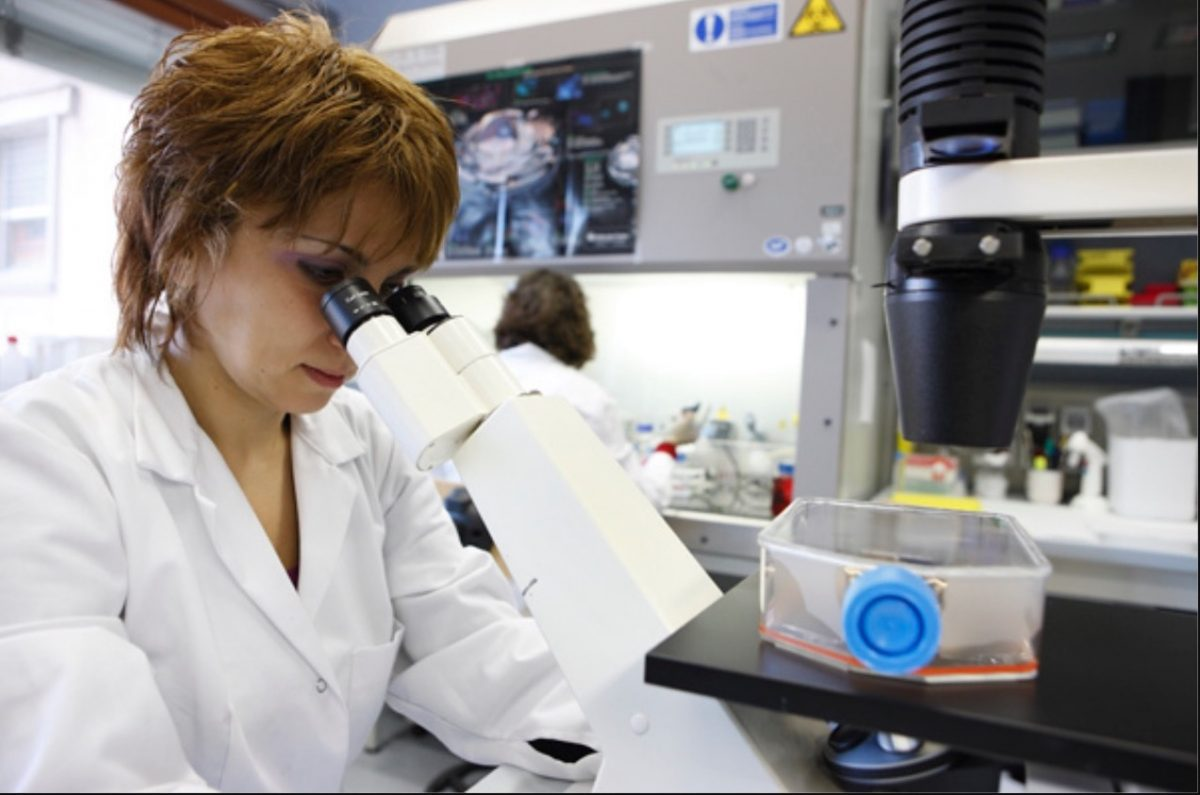 science woman novartis vaccines research lab