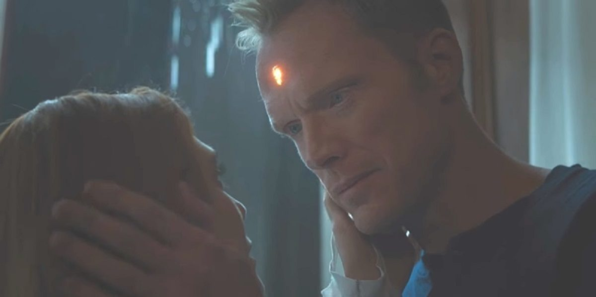 """Screengrab of Paul Bettany as Vision and Elizabeth Olsen as Scarlet Witch/Wanda Maximoff in """"Avengers: Infinity War"""""""