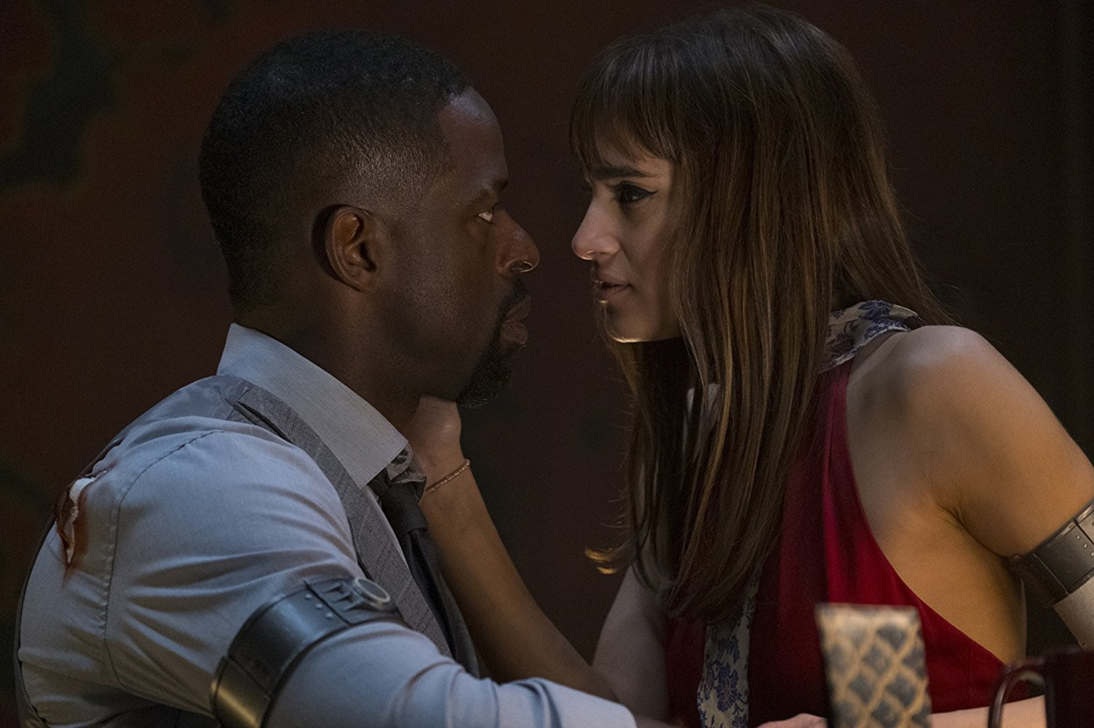 Sofia Boutella and Sterling K. Brown in Hotel Artemis (2018)