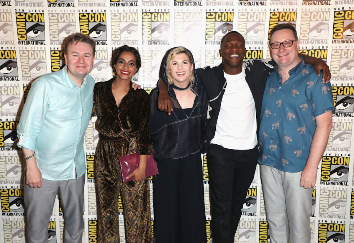 """(L-R) Matt Strevens, Mandip Gill, Jodie Whittaker, Tosin Cole, and Chris Chibnall attend BBC America's """"Doctor Who"""" at Comic-Con International 2018 at San Diego Convention Center on July 19, 2018 in San Diego, California. (Photo by Joe Scarnici/Getty Images for BBC America)"""