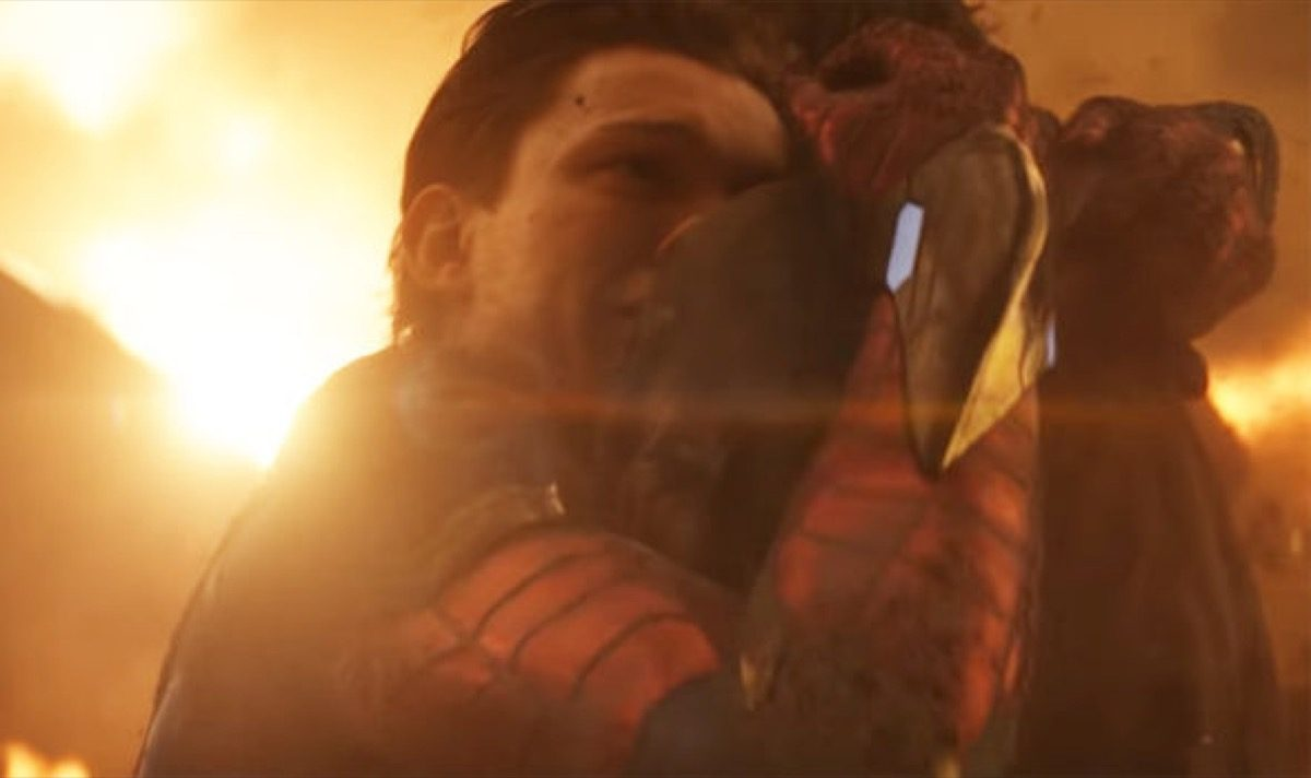 Spider-Man hugs Iron Man Marvel's Avengers: Infinity War