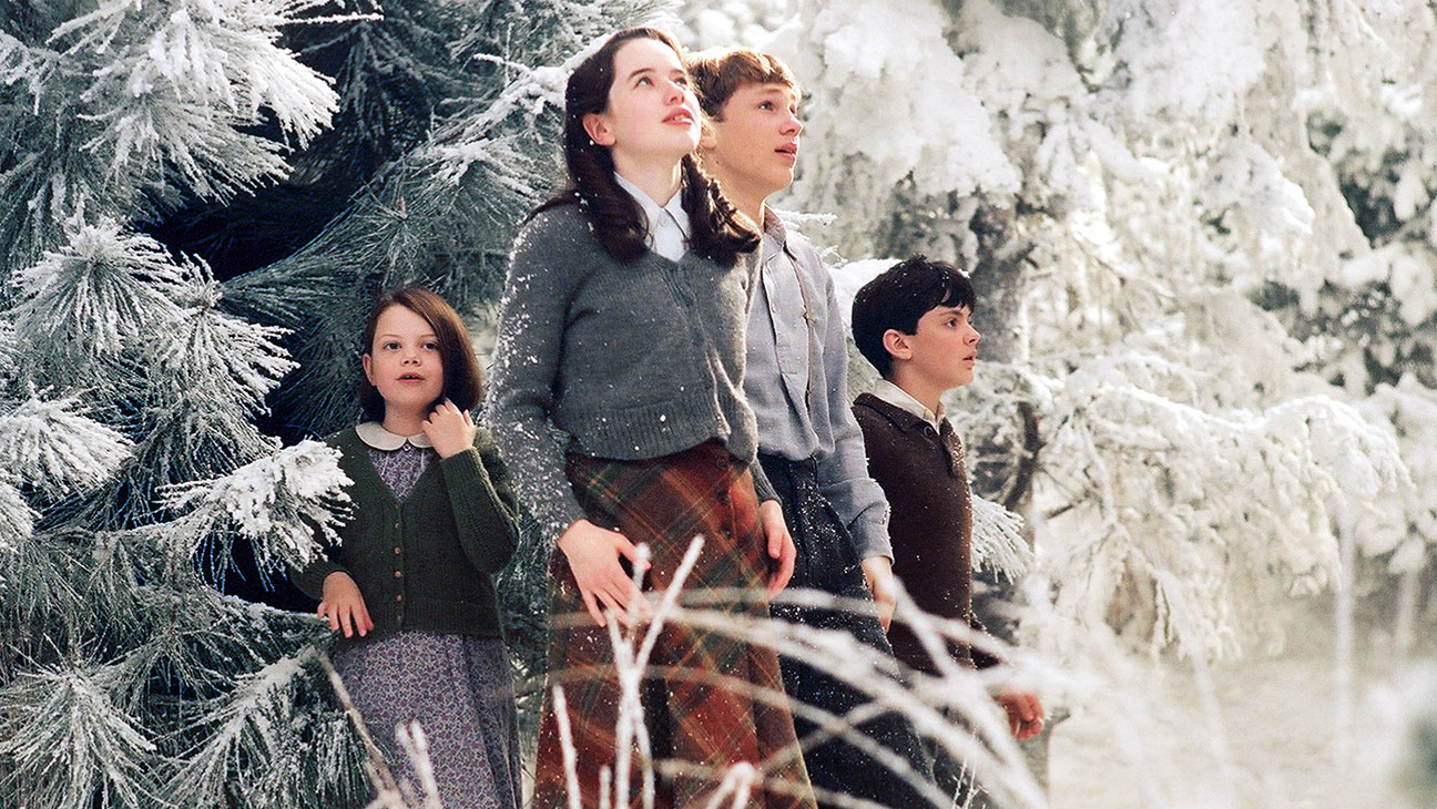 The Chronicles of Narnia: The Lion, the Witch and the Wardrobe (2005) Directed by Andrew Adamson Shown from left: Georgie Henley, Anna Popplewell, William Moseley, Skandar Keynes
