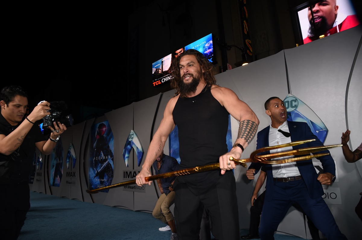"""HOLLYWOOD, CALIFORNIA - DECEMBER 12: Jason Momoa attends the premiere of Warner Bros. Pictures' """"Aquaman"""" at TCL Chinese Theatre on December 12, 2018 in Hollywood, California. (Photo by Kevin Winter/Getty Images)"""