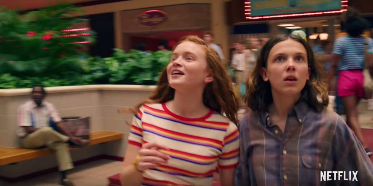 Max and Eleven go to the mall in a totally 1980's Stranger Things 3