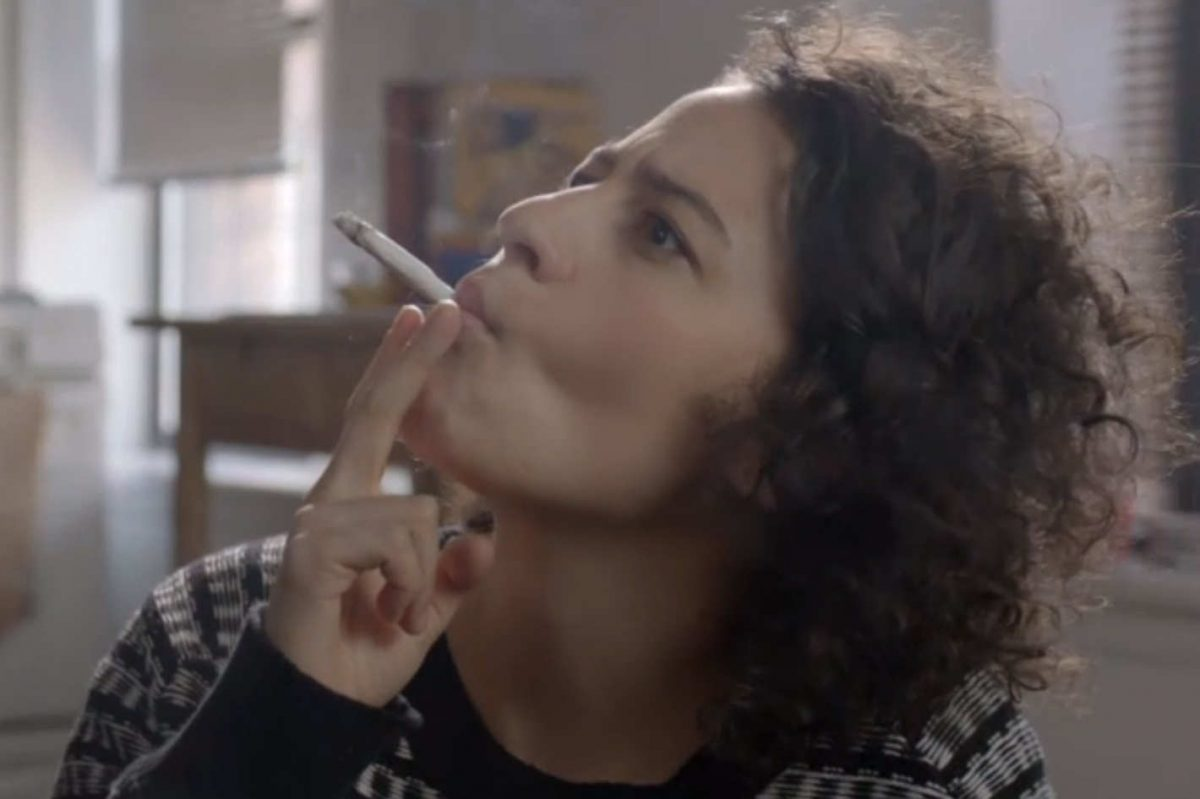 ilana smokes up in broad city.