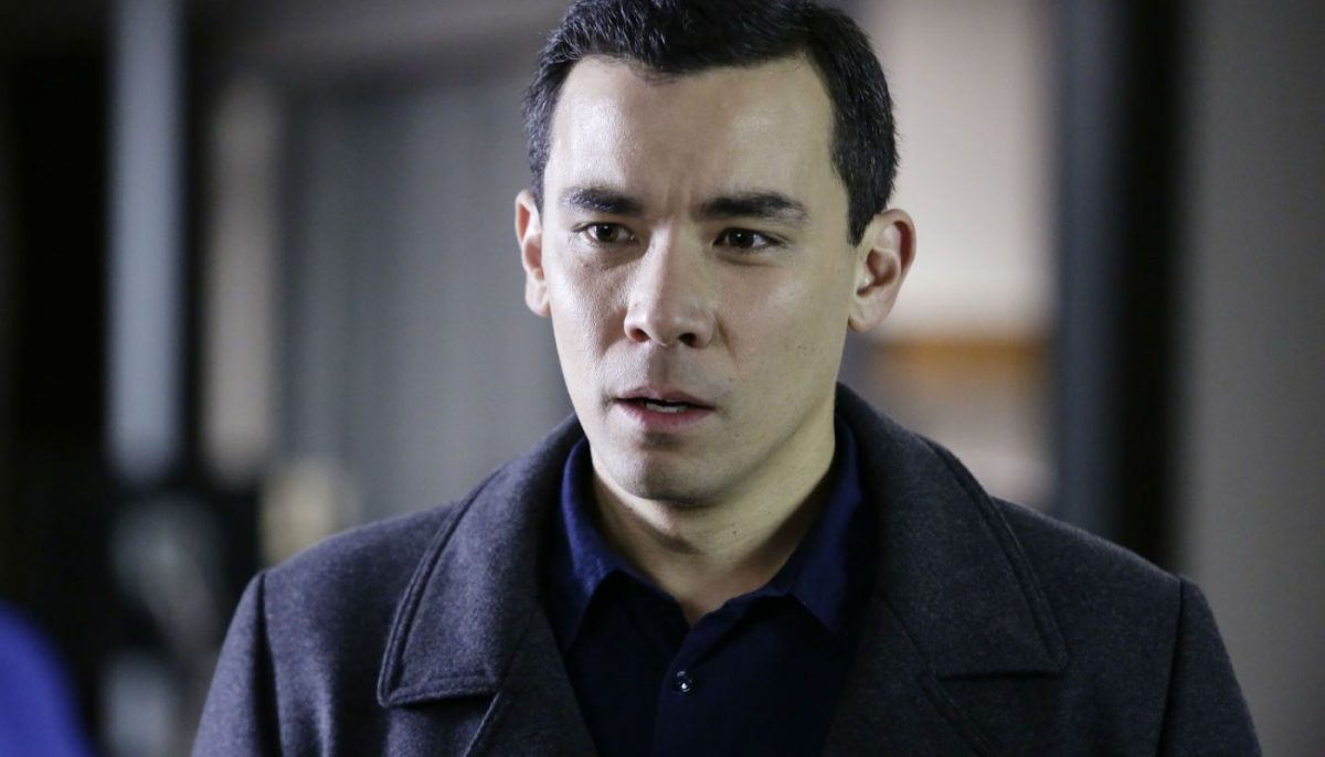 conrad ricamora plays Oliver in how to get away with murder.