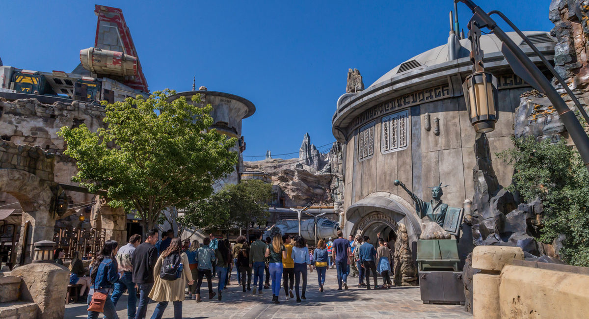 Visitors explore Black Spire Outpost in Star Wars: Galaxy's Edge.