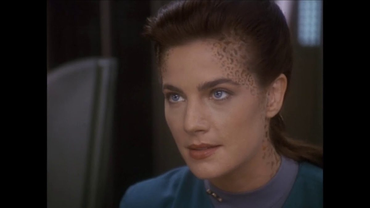 Closeup of Jadzia Dax's face on Star Trek: Deep Space Nine.
