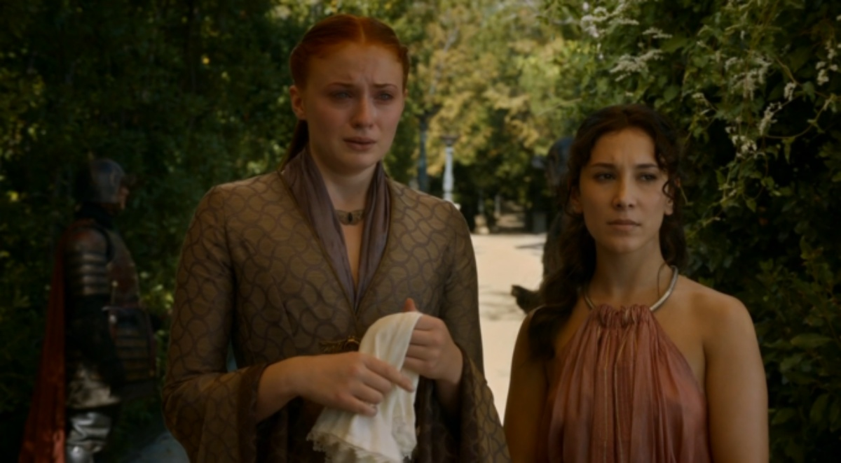 Sansa crying and Shae looking at me like the boo boo the fool i am