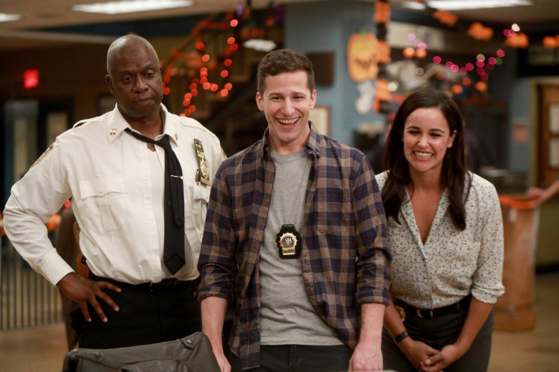 """Andre Braugher, Andy Samberg and Melissa Fumero in the """"HalloVeen"""" episode of BROOKLYN NINE-NINE"""
