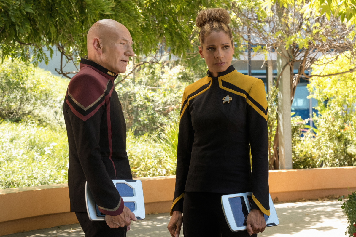 """""""The End Is The Beginning"""" -- Episode #103 -- Pictured (l-r): Michelle Hurd as Raffi; Patrick Stewart as Picard of the the CBS All Access series STAR TREK: PICARD. Photo Cr: Trae Patton/CBS ©2019 CBS Interactive, Inc. All Rights Reserved."""