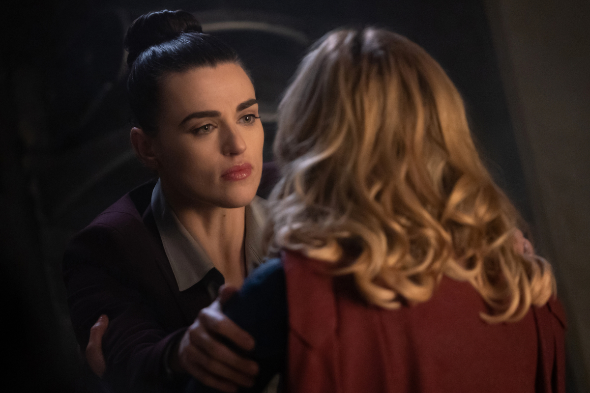 Unpacking the Many Timelines of Lena/Kara In Supergirl's 100th Episode