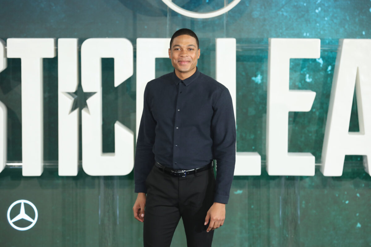 Ray Fisher, Warner Bros. exchange fire over 'Justice League' investigation