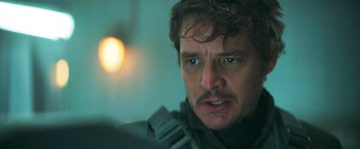 Pedro Pascal's face on the mandalorian to bless the timeline