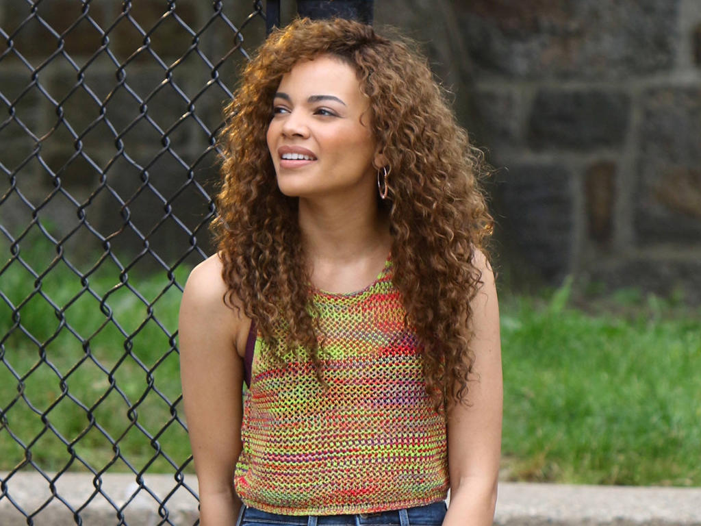 DC Has Found Their Live-Action Batgirl in Leslie Grace!