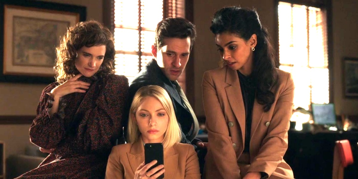 the alleged educators of gossip girl who commit crimes rather than teach